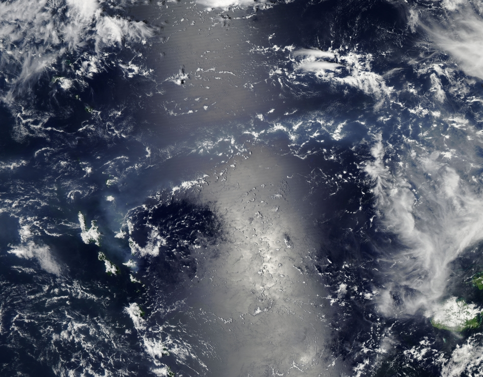20140123XD-NASA_vog_in_s_pacific